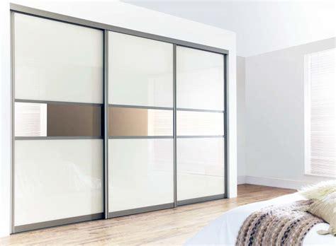 Lemari Pakaian Built In 45 lemari pakaian minimalis dengan desain bagus dan unik