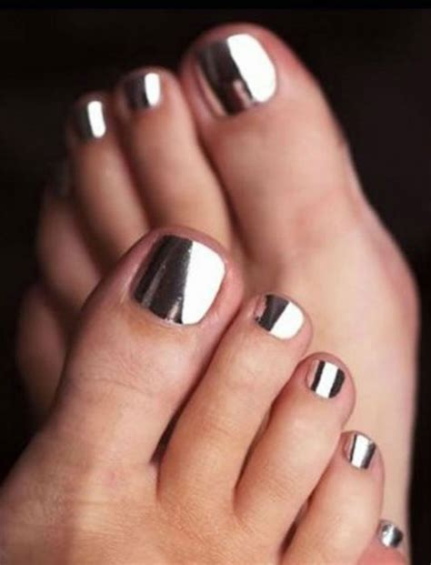 Hottest Paint Colors For 2017 by 17 Coolest Pedicure Ideas For The Summer Cosmetics