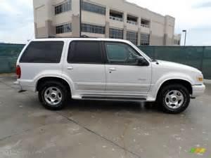 white pearl tri coat metallic 2000 ford explorer limited
