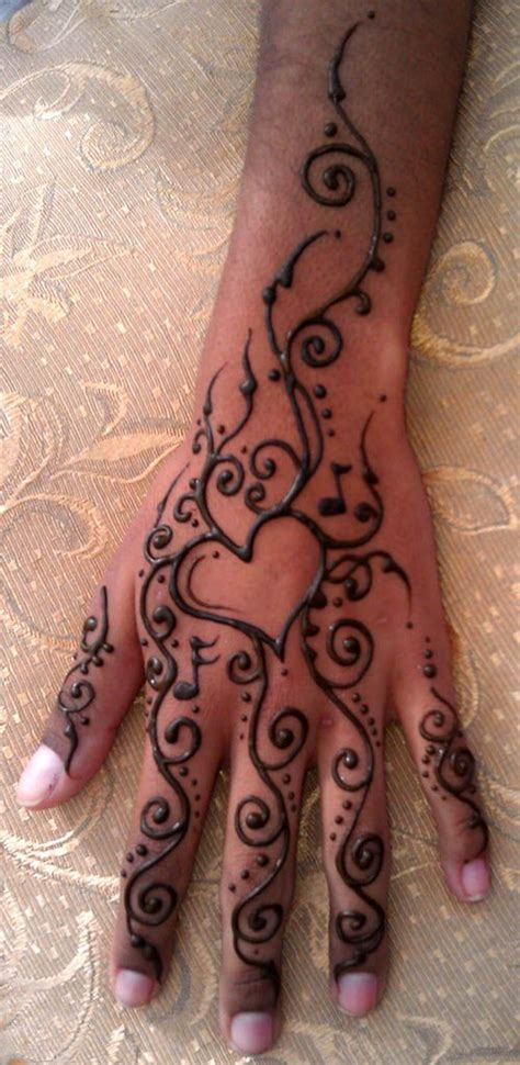 henna heart tattoos henna designs makedes