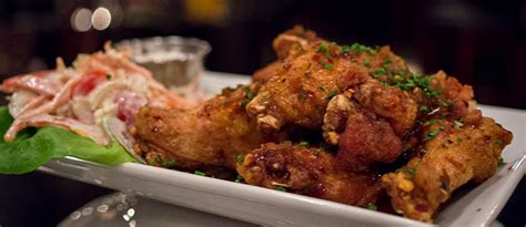 7 places in portland to satisfy your buffalo wing cravings