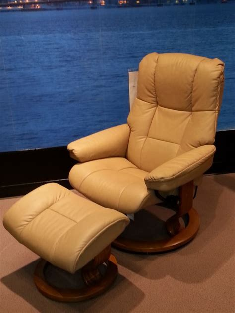 leather recliner chairs melbourne 151 best images about leather recliners melbourne sydney