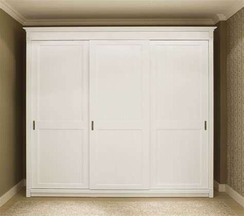 White Wood Sliding Closet Doors Bedroom Classical Home Furniture Design Of White Bedroom Closet Designed With Sliding Door