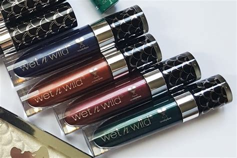 N Color Icon Metallic Liquid Eyeshadow Lara S Nacklace review photos swatches makeup trend 2017 2018 n limited edition midnight mermaid