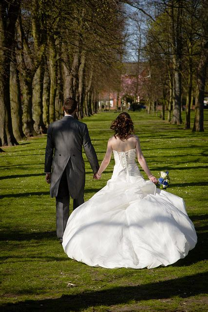 Wedding Ceremony Without Officiant by How To Choose A Wedding Officiant Kern County Bridal