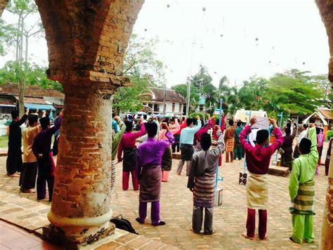pakaian melayu patani thailand selatan amanat penderitaan rakyat patani ampera patani