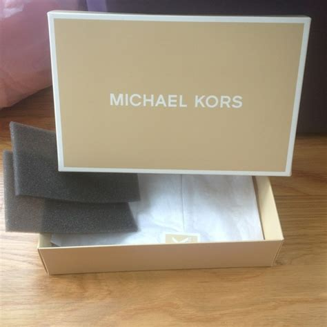 M Hael Kors Free Box michael kors michael kors box for wristlet tissue