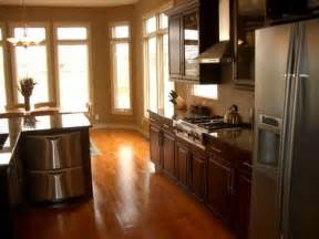 Wood Floor Ideas For Kitchens by Kitchen Wood Flooring D Amp S Furniture