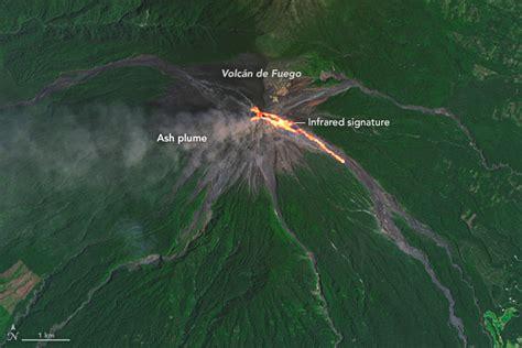 imagenes satelitales volcan sat 233 lites de nasa captan flujos de lava del volc 225 n de