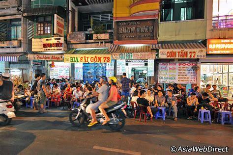 pham ngu lao street  ho chi minh city