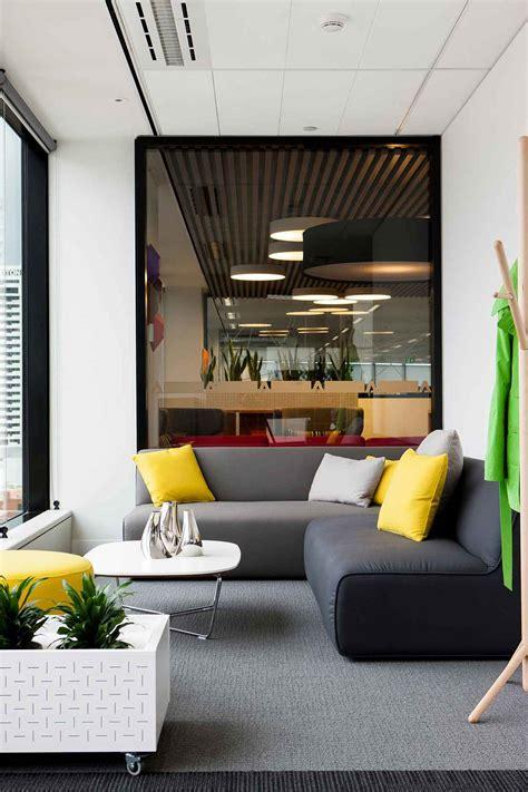 adobe office a tour of adobe s beautiful sydney headquarters officelovin