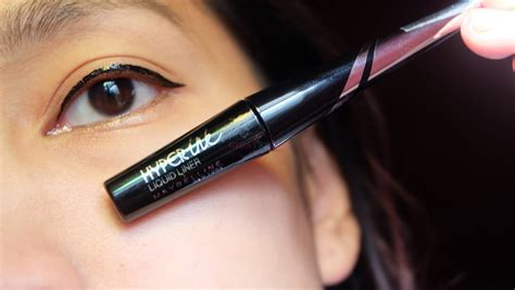 Maybelline Hyperink Liquid Liner flash review maybelline hyperink liquid eyeliner top