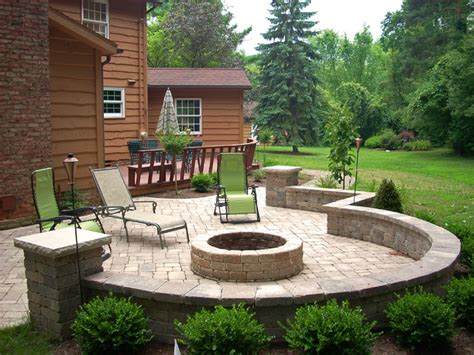 backyard patio ideas with fire pit landscaping
