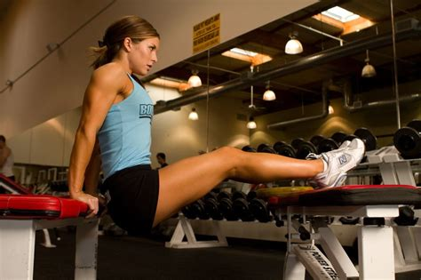 benching your own weight benching your own body weight why women can t afford to
