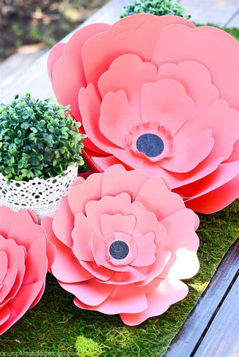 How To Make Paper Flower Centerpieces - paper flower centerpiece a pumpkin and a princess