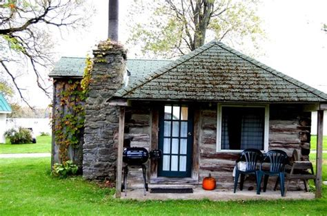 one of the log cabins picture of inn lake on the