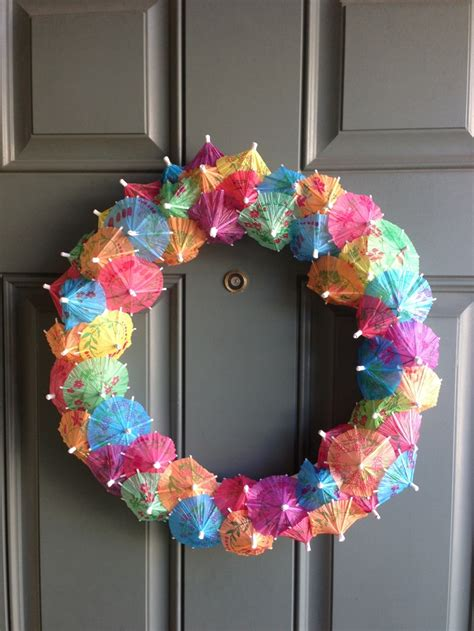 wreath ideas 1000 images about diy wreaths on pinterest yarn wreaths