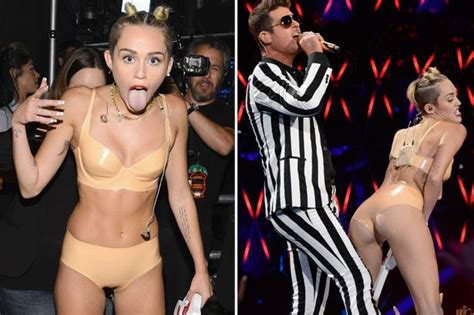 The Internet Reacts To Miley Cyrus At The MTV Awards The Poke