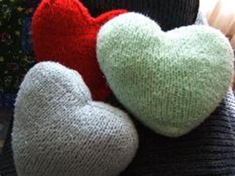 knitting pattern heart pillow heart shaped pillow knitting bee