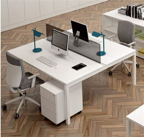 scrivania doppia scrivania doppia best scrivanie ikea ragazzi scrivania
