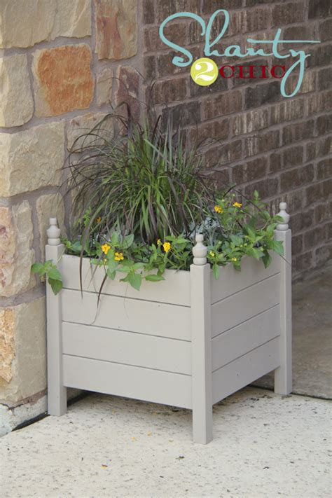 Square Planter Box Plans by White Square Planters With Finials Diy Projects