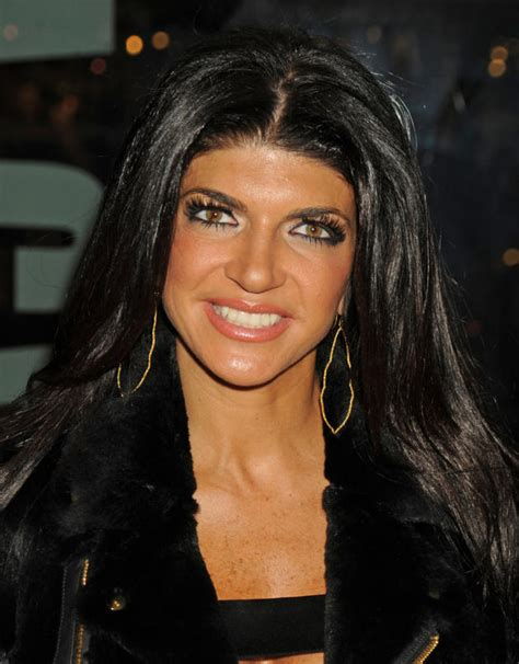does teresa giudice have hair extensions teresa giudice in prison receiving special treatment and