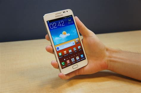 samsung galaxy note gt n7000 specifications and price in samsung galaxy note n7000 specifications smartphones