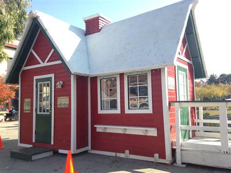 santa claus house santa house in place for jolliest elf martinez tribune