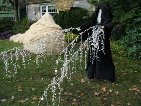 star wars homemade lawn wars scarecrows win the battle freakin robotgiant freakin robot