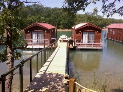 Floating Cabins At Lake Murray pin by tom on floating homes