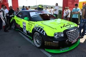 Chrysler 300 Racing Fast Is Fast Chrysler 300 Srt Road Race Cars