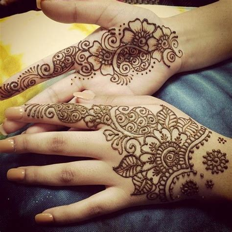 20 Cute Arabic mehndi design that compliments Indian as well as western outfits   Indian Makeup