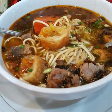kuliner mie khas indonesia  gak kalah hits jualan