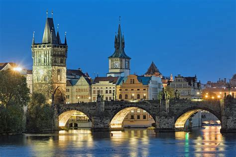 30 Square Meters Charles Bridge In Prague 5 Things You Need To Know In 2017