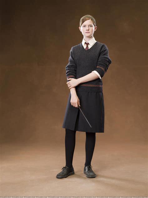 Hermione Granger Weasley by Bonnie Wright As Ginny Weasley Hogwarts The