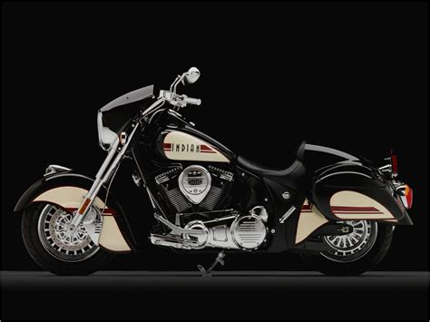 2011 Indian Motorcycles Canadian Debut ? Chief Blackhawk