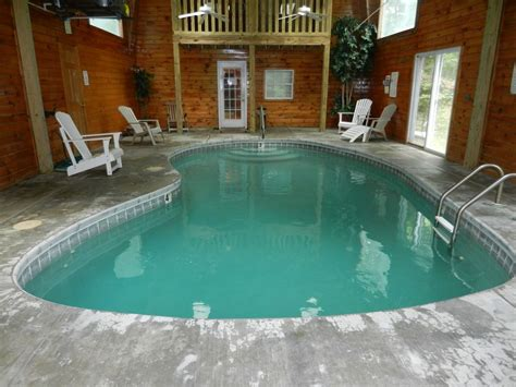 Cabin Rentals In Gatlinburg With Indoor Pool by Indoor Pool In Gatlinburg 4 Br Vacation Chalet