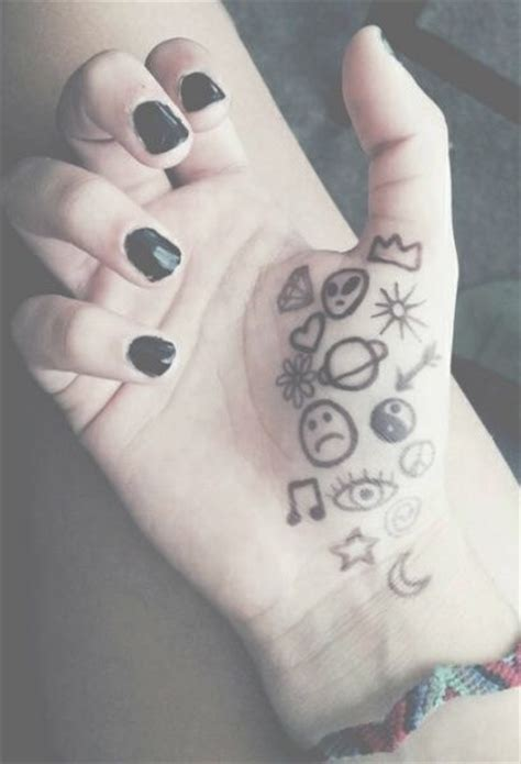 hand tattoo tumblr pale grunge tattoos ideas posts