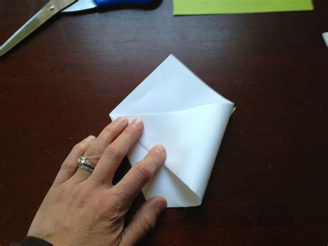 Folded Paper Cup - origami paper cups two clever