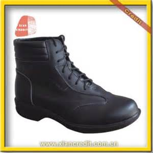 2012 new popular light safety shoes for with ce