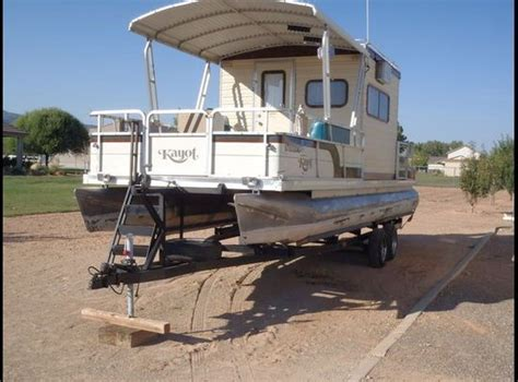 pontoon houseboats for sale 25 best ideas about pontoon houseboats for sale on