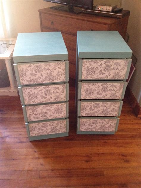 Decoupage Drawer Fronts - how to decoupage drawer fronts