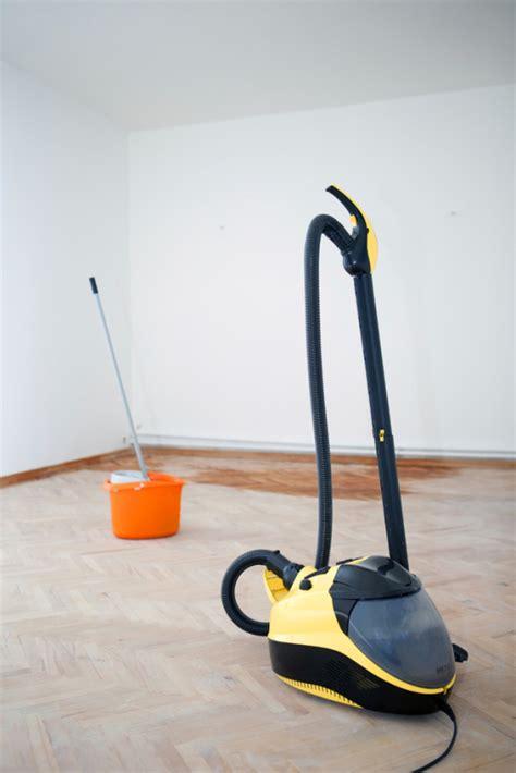 maquina para limpiar alfombras limpiador de vapor cleanipedia
