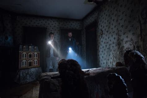 insidious bedroom scene jump scares in insidious chapter 2 2013 where s the jump