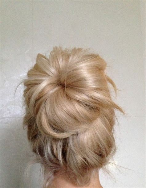 casual hairstyles with clips casual messy bun blonde hair pinterest human hair
