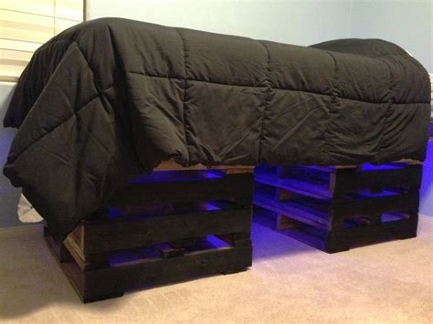 beds for 3 year olds 1000 images about pallet beds on pinterest shelves