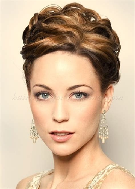 curly hair styles for mother of bride curly wedding updos curly wedding hairstyles wavy