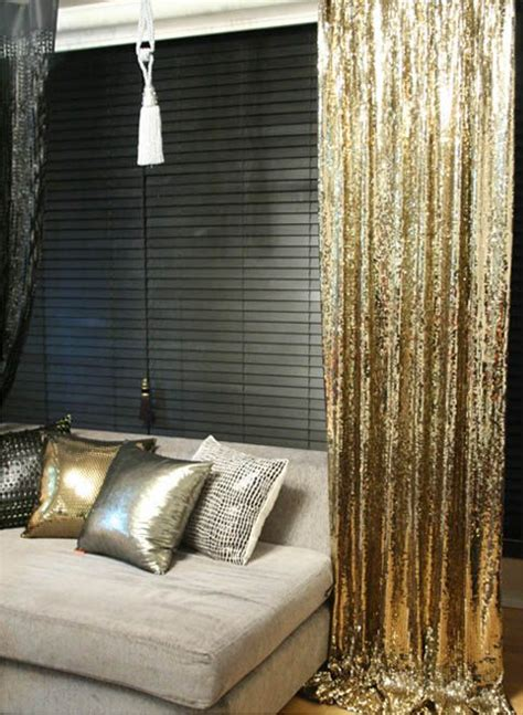 Living Room Curtains Gold 25 Best Ideas About Gold Curtains On Black