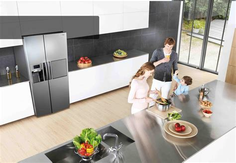 samsung unveils three new built in kitchen appliance samsung kitchens
