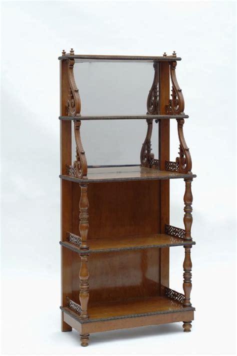 aste mobili antiquariato etagere asta antiquariato mobili dipinti e oggetti di